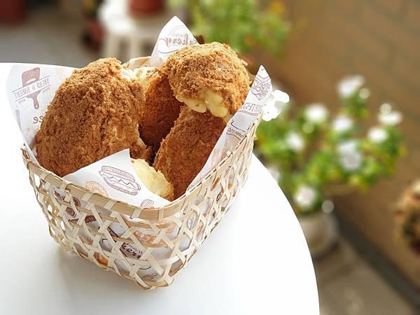 手作肉鬆麵包 (8).jpg