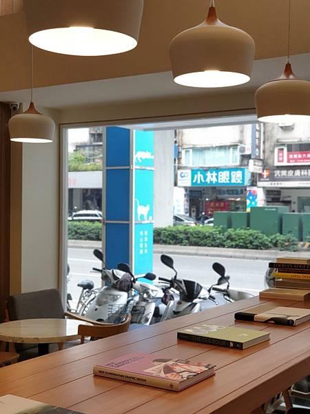 台北市REEDS COFFEE %26; BAKERY (28).jpg