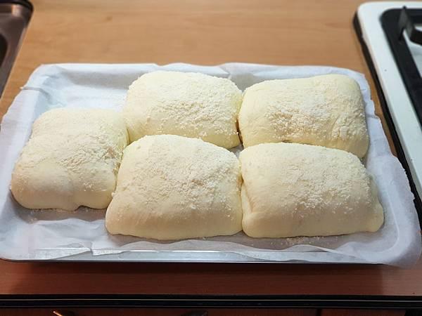 手作帕馬森起司麵包 (8).jpg