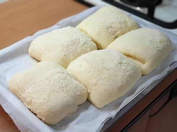 手作帕馬森起司麵包 (9).jpg