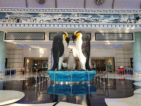 中國廣東省長隆企鵝酒店:酒店大堂+外觀 (1).jpg