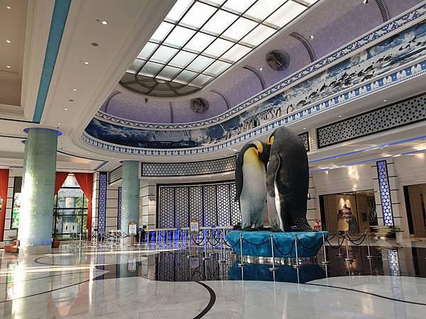 中國廣東省長隆企鵝酒店:酒店大堂+外觀 (3).jpg