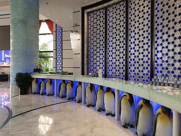 中國廣東省長隆企鵝酒店:酒店大堂+外觀 (19).jpg