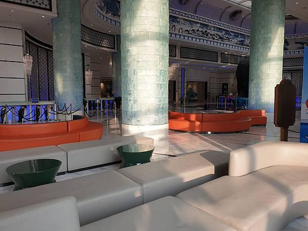 中國廣東省長隆企鵝酒店:酒店大堂+外觀 (21).jpg