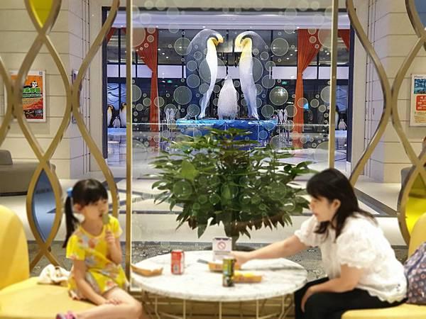 中國廣東省長隆企鵝酒店:童趣廊 (1).jpg