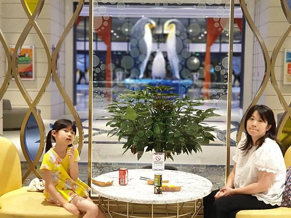 中國廣東省長隆企鵝酒店:童趣廊 (2).jpg