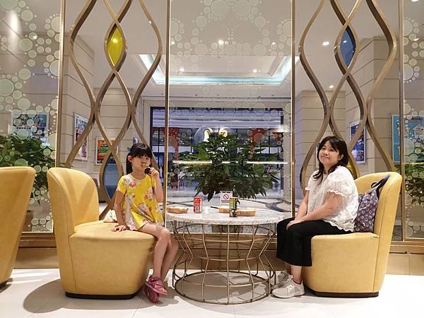 中國廣東省長隆企鵝酒店:童趣廊 (9).jpg