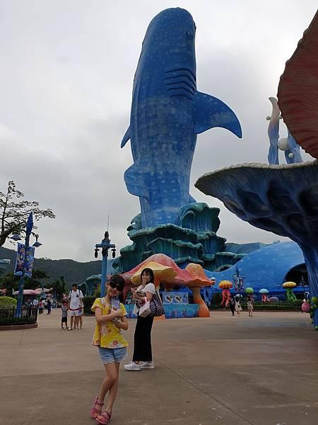 中國廣東省長隆海洋王國:鯨鯊館 (19).jpg