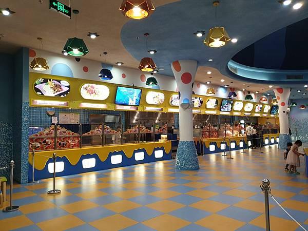中國廣東省長隆海洋王國:英雄家族餐廳 (5).jpg