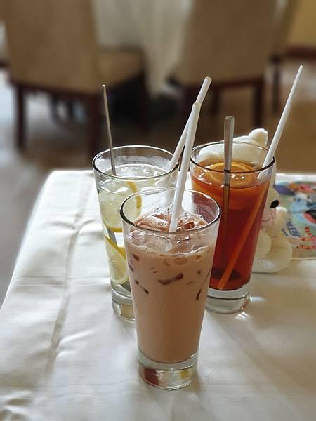 中國廣東省長隆海洋王國:海洋大街餐廳 (5).jpg