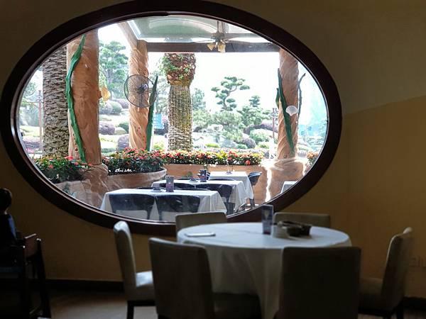 中國廣東省長隆海洋王國:海洋大街餐廳 (1).jpg