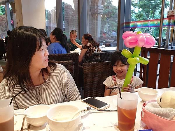 中國廣東省長隆馬戲酒店:興隆茶餐廳 (35).jpg