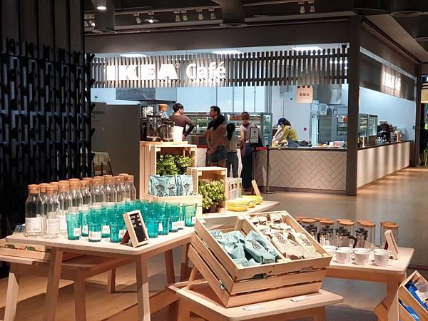 台北縣新店市IKEA新店店:IKEA CAFE (1).jpg