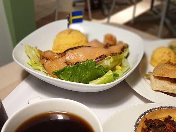 台北縣新店市IKEA新店店:IKEA CAFE (10).jpg
