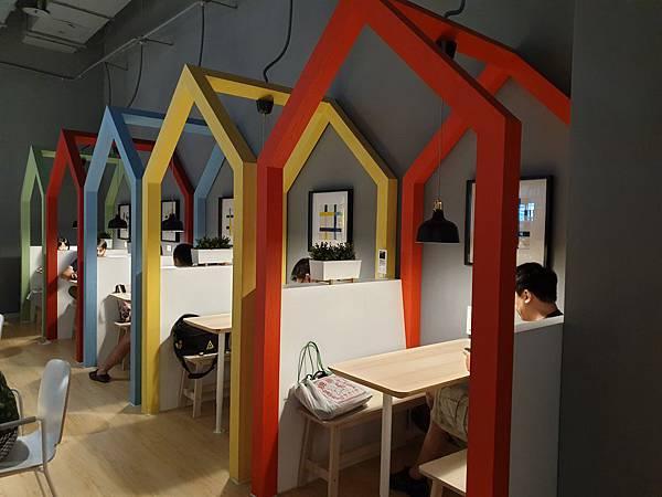台北縣新店市IKEA新店店:IKEA CAFE (22).jpg