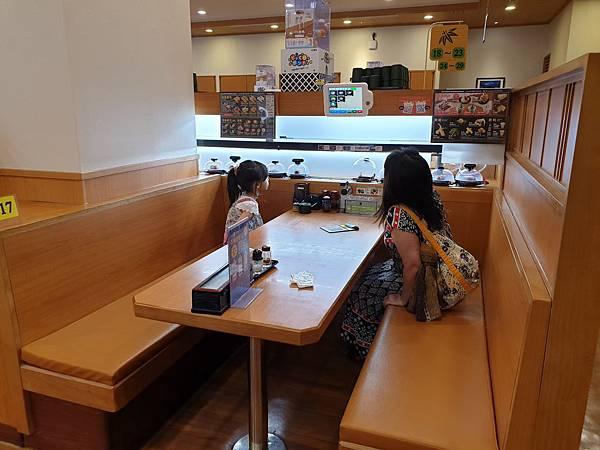 亞亞與茉莉公主的見面會 (2).jpg