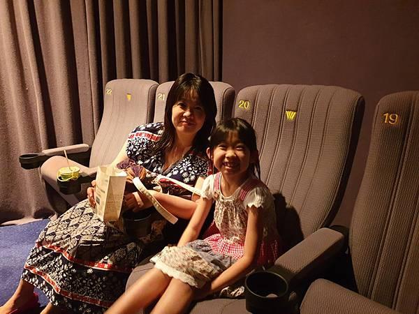 亞亞與茉莉公主的見面會 (1).jpg