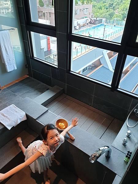 宜蘭縣礁溪鄉兆品酒店 礁溪:雅緻家庭房 (6).jpg