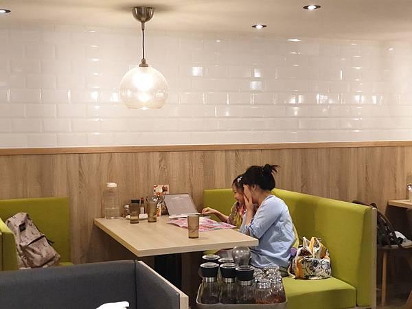 台北市佐佐義 義大利餐廳微風南京店 (4).jpg