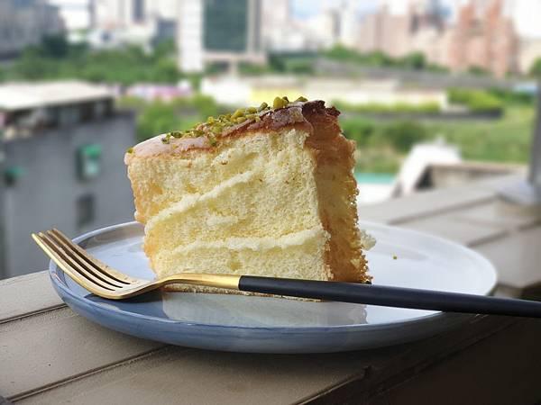 手作檸檬糖霜戚風蛋糕 (11).jpg