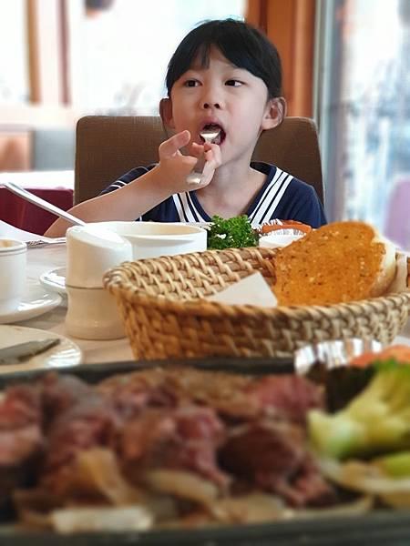 台北市紅屋牛排館民生店 (16).jpg