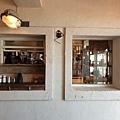 日本沖縄県ZHYVAGO COFFEE WORKS OKINAWA (4).jpg