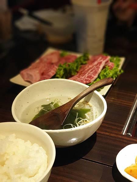 日本沖縄県焼肉 琉球の牛北谷 (23).jpg