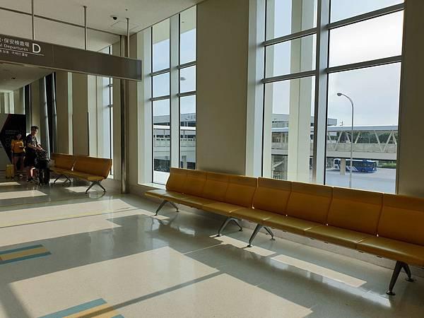 亞亞的那霸機場 (5).jpg