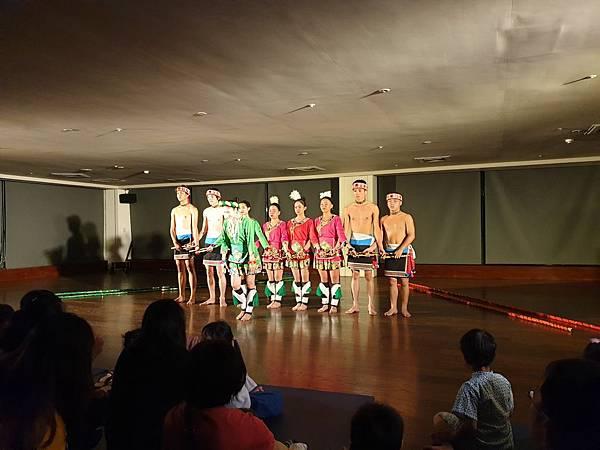亞亞的原住民舞蹈表演 (2).jpg