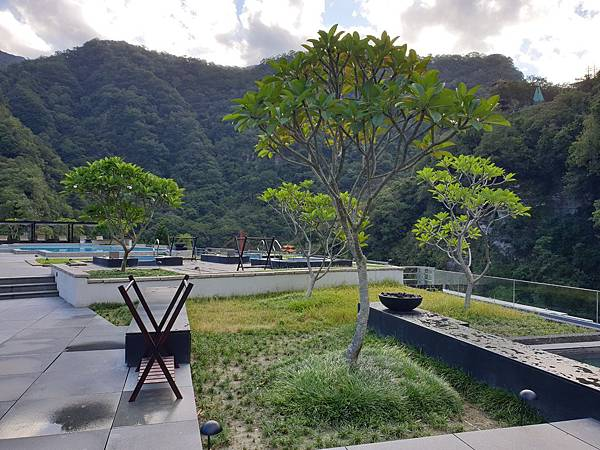 花蓮縣秀林鄉太魯閣晶英酒店:峽谷泳池 (18).jpg