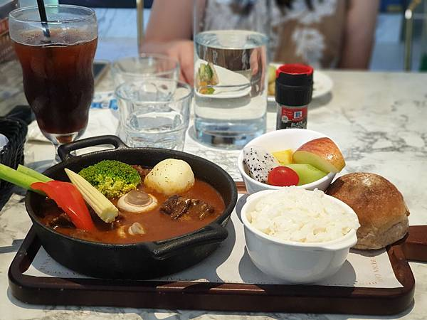 台北市BUNA CAF%5CE台北內湖店 (9).jpg