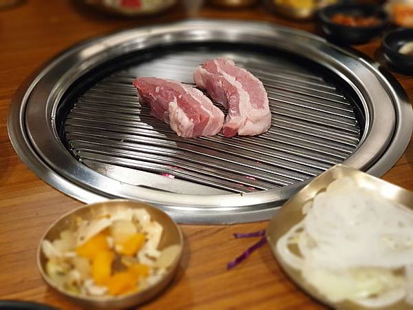 台北市Meat Love正宗橡木炭火韓國烤肉餐廳美麗華店 (18).jpg