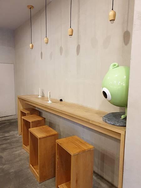 台北市路地 氷の怪物台北市民大道店 (30).jpg