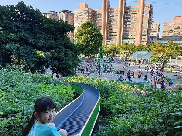 亞亞的中和錦和公園 (1).jpg