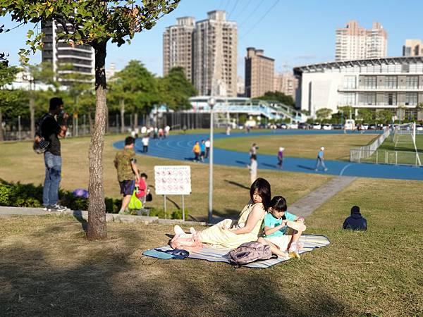 亞亞的中和錦和公園 (4).jpg