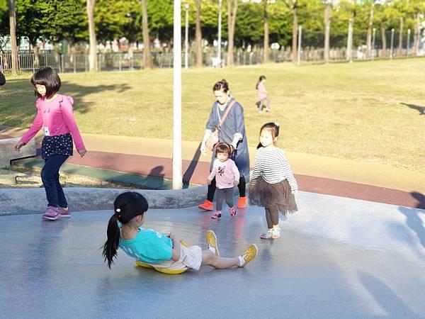 亞亞的中和錦和公園 (13).jpg
