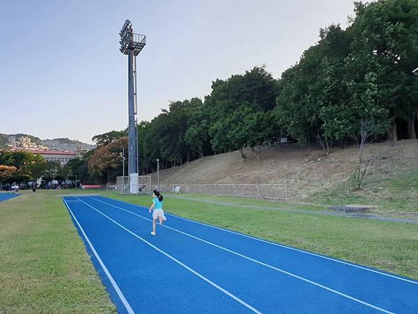 亞亞的中和錦和公園 (17).jpg