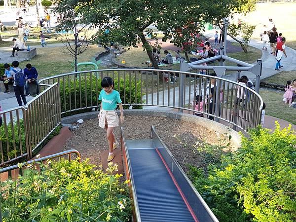 亞亞的中和錦和公園 (39).jpg