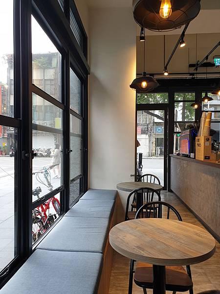 台北市Caffe Rue路 (8).jpg