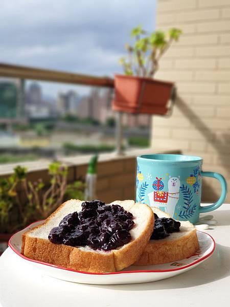 TREES BREAD食パン與手作藍莓果醬by Everina (7).jpg