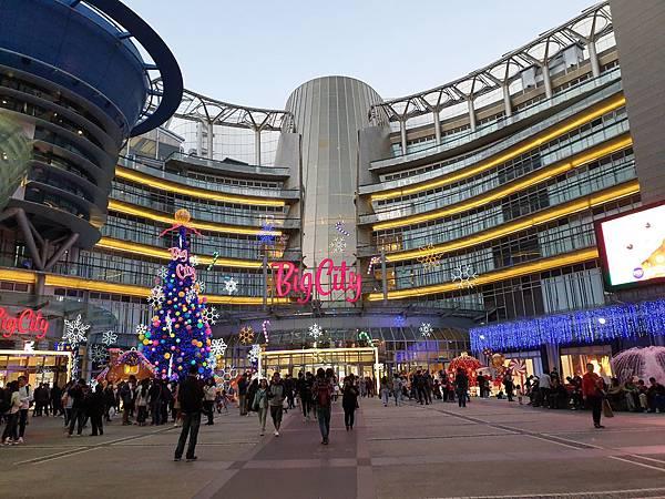 亞亞的巨城耶誕 (1).jpg