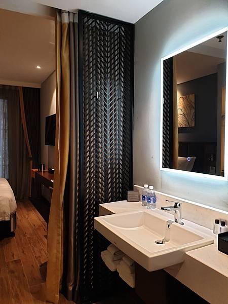 越南河內市Grand Cititel Hanoi Hotel:高級雙人房 (8).jpg