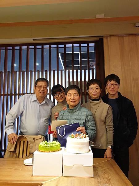 亞亞的小叔公聚餐 (25).jpg
