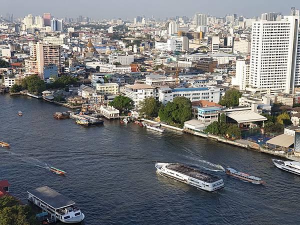 泰國曼谷Millennium Hilton Bangkok:TWIN PREMIUM ROOM (4).jpg