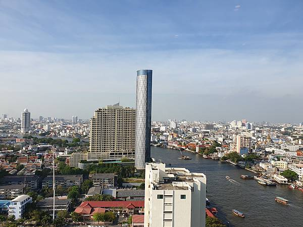泰國曼谷Millennium Hilton Bangkok:TWIN PREMIUM ROOM (33).jpg