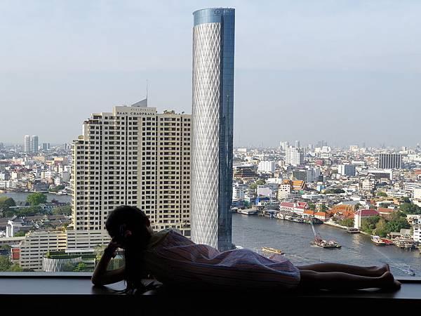 泰國曼谷Millennium Hilton Bangkok:TWIN PREMIUM ROOM (40).jpg