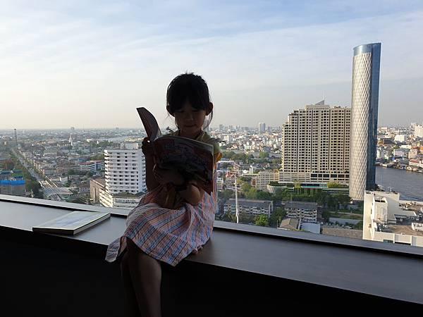 泰國曼谷Millennium Hilton Bangkok:TWIN PREMIUM ROOM (45).jpg