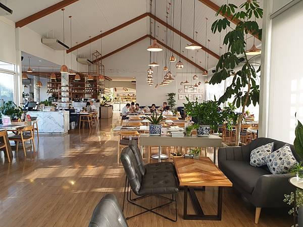 泰國華欣THE CHOCOLATE FACTORY Shop %26; Restaurant (1).jpg