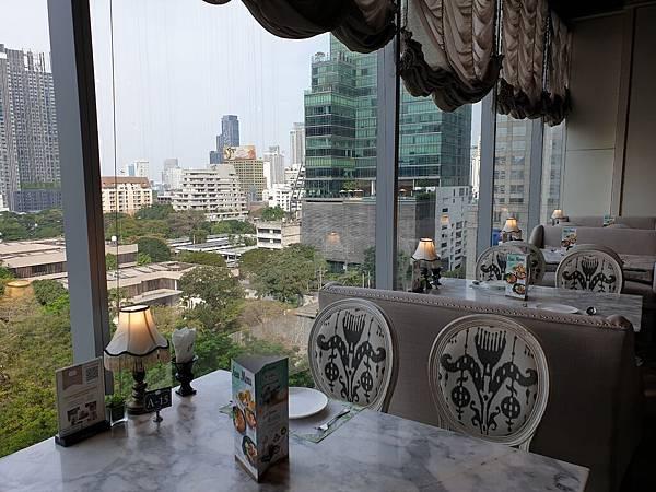 泰國曼谷CENTRAL EMBASSY:Audrey Cafe Glamour (2).jpg