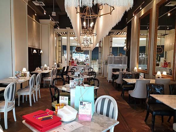 泰國曼谷CENTRAL EMBASSY:Audrey Cafe Glamour (7).jpg